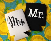 Mr and Mrs Can Cooler, Wedding Gift, Wedding Anniversary Party Gifts Beverage Can Cooler Wedding Gift (White & Black Set of 2)