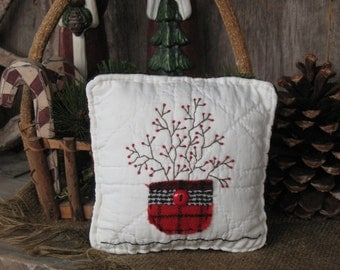 Rustic Primitive Christmas Pillow Tuck