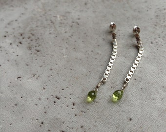 reclaimed silver chain earrings with peridot briolettes