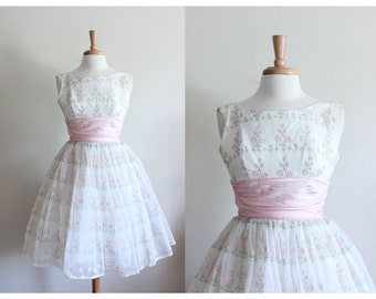 1950s Dress / Vintage 50s White & Pink Floral Party Dress