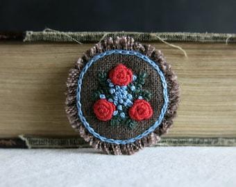 Red Roses Textile Art Brooch - Red and Light Blue Floral Design on Brown Linen Brooch