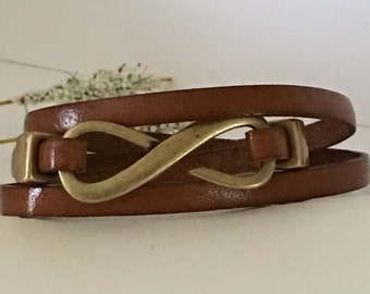 Bracelet-Triple Wrap Cuff-Infinity Focal Clasp-Brown and Antiqued Brass-Size 7-Boho Jewelry-Thin Flat Leather-Wrapped-Love-Friendship-Her