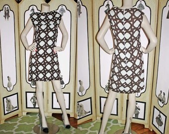 Vintage 60's Geometric Brown and White Shift Dress. Medium.