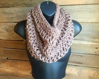 Chunky Knit Cowl, Knit Infinity Scarf, Chunky Cowl Scarf, Handmade Scarf, Knitted Neckwarmer, Hand Knit Scarf, Gift Idea for Her
