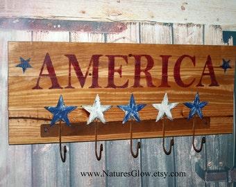 America Sign, Patriotic Decor, Wall Hooks, Coat Rack, Key Hooks, Primitive Americana Decor, Wood Planks Sign, Patriotic Wall Hooks, Key Rack