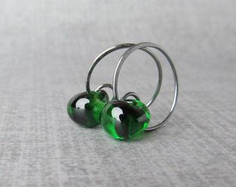 Emerald Green Hoop Earrings, Dark Green Earrings, Green Lampwork Earrings, Small Wire Hoops, Everyday Wire Earrings, Oxidized Silver Hoops