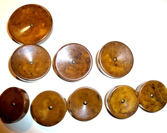 Nine Vintage Bakelite Buttons. Matching but Different Sizes. 1940s. Tested  Brown Swirl Bakelite.