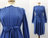 1970s Dress Maternity Mod Peter Pan Collar High Waist Long Sleeve Mini Blue Floral Pleated Dolly Knee Dress Tie Belt Vintage 70s Small S