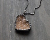 Valentine Love Heart Quartz Necklace Druzy Golden Natural Stone Necklace Pendant Rough Stone
