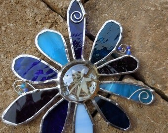 Stained Glass Flower - Handmade - Suncatcher - Blue - Purple - Gift - Christmas - Birthday - Window Decor