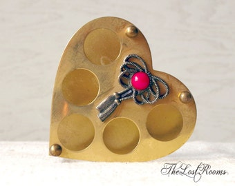 Vintage Brass Lipstick Holder - 1950s Heart Shaped Holder - Jameco Brass Dresser Tray