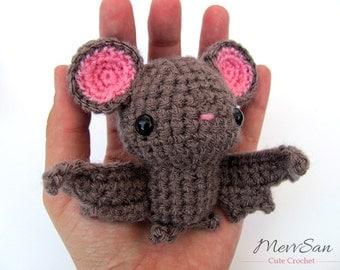 MADE to ORDER - Amigurumi Bat - amigurumi halloween crochet vampire bat, crochet animal plush, children's bat toy, halloween bat softie