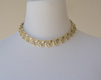 Vintage 1960s Gold Tone Coro Open Work Collar Style Choker Necklace
