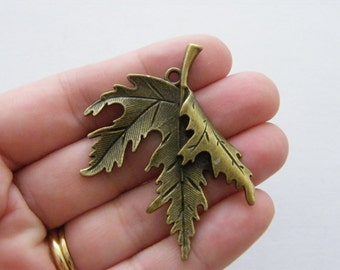 BULK 10 Leaf charms antique bronze tone BC113
