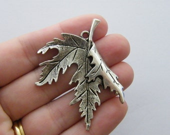 2 Leaf charms antique silver tone L112