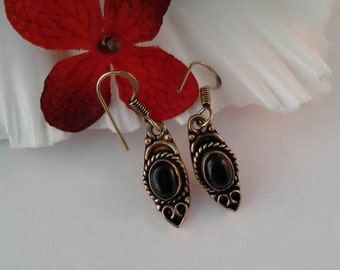 Solid Antique Brass Earrings,Black Onxy  Gemstone Earrings,Victorian
