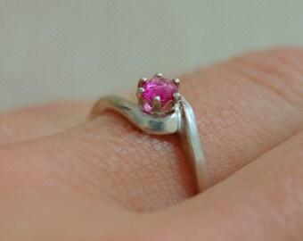 Pembe - Diamond Alternative, Vintage pink sapphire gem, gemstone ring, silver, frendship, September birthstone, fashion ring, gift idea