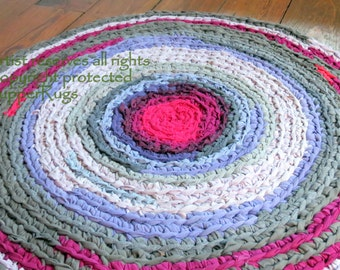 "rag rug, ""braided"" rug, crochet rug, braided rug, round rug, crochet rag rug, ""midnight at the oasis""- #53"