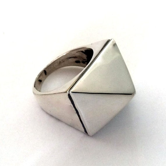 Sterling silver ring, shiny silver ring, simple ring, pyramid ring, modern silver ring, statement ring - A world in balance R2180