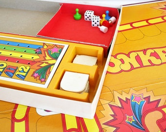 Board game of Bonkers. Card game, complete set, Parker Brothers, retro design, 1978