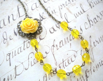 Yellow Necklace Yellow Wedding Jewelry Flower Necklace Bridesmaid Gift Summer Wedding Yellow Bridesmaid Necklace Beach Wedding Rose Jewelry