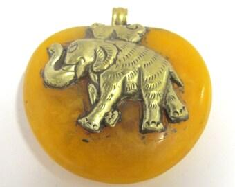 Large Reversible Tibetan amber copal resin pendant with tibetan silver Elephant and phoenix bird repousse - PM388G