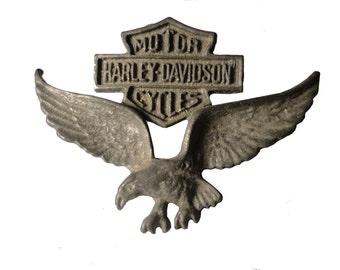 HARLEY DAVIDSON HD Eagle Wings Logo vintage pin lapel badge metal motorcycle Official Merchandise