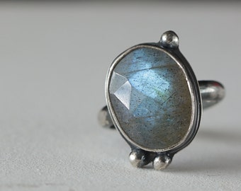 Boho Labradorite Cocktail Ring in Sterling Silver size 6, Ready to Ship