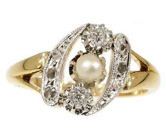 Valentines Sales Yellow Gold Pearl Ring antique central pearl diamond old European cut 18Kt yellow gold illusion setting circa 1910
