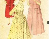 Vintage 1940s Sleepwear Pattern - Advance 5981 - Misses's Peignoir Set - Flowing High-Neck Nightgown and Housecoat or Robe - SZ 20/Bust 38