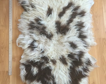 Anna's Beautiful Soft Jacob Sheep hide 2