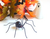 Hanging Black Widow Spider Wire Art Insect Little Beastie Halloween Decoration Trendy Nature Gift Unique Collector Item Arachnid