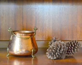 vintage copper and brass cauldron pot / halloween decor / fall autumn copper