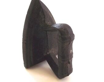 Miniature Cast Iron Flat Iron, Vintage Toy or Sample (G1)