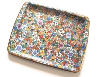 Small Flowered Tray, Vintage Daher Decorated Ware Snack Size Tray with Some Wear