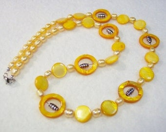 Yellow Necklace, Yellow Fresh Water Pearl Necklace, Yellow Mother of Pearl Necklace, Silver Bead Necklace
