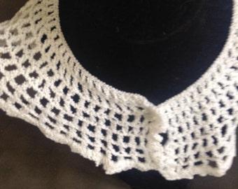 Vintage Crochet White Collar