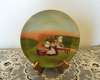 "Royal Bayreuth Sunbonnet Babies Days of the Week Plate Collection - Tuesday ""Ironing"" - 1974"