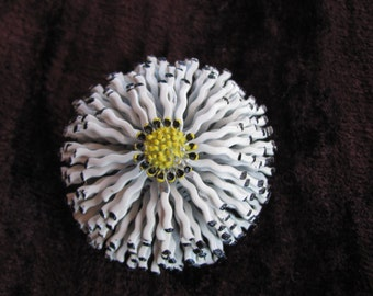 Vintage 60s- Multi Dimensional White Metal Pin with Yellow Center