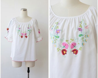 Vintage Embroidered Hungarian Blouse, Floral Matyo Blouse,  Cotton Peasant Top, Folk Balkan Top