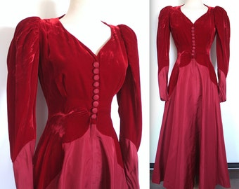 Vintage 1940s Dress // 30s 40s Ruby Red Velvet and Taffeta Evening Gown // Victorian Mutton Sleeves // Tudor Holiday Party Dress