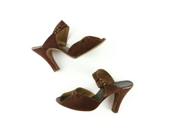 Vintage 1940s Shoes / 1940s Heels / 40s Shoes / Brown Shoes Suede / Size 6 M / Peeptoe Shoes Pinup Swing Dance Lindy Hop