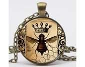 Queen Bee Collage Necklace with Chain Resin Pendant Altered Art Pendant Picture Pendant Photo Pendant Art Pendant