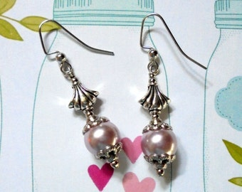 Lavender Pearl Earrings (2675)