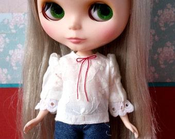 Blythe Momoko Pullip Licca vintage peasant white blouse