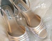 Wedding Wedge Shoe - Wedge - Wedding Shoes - Wedges-Low Heels -Wedding Shoe Wedge - Bridal Shoe - Wedding Flats - Custom Shoe -  200 Colors