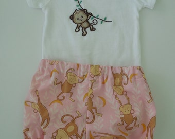 Baby Girl Onesie and Bloomers Set Size 12 months