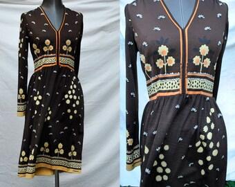 Vintage 70s CASANDRA Graphic Floral V-Neck A-Line Dress- Paganne/Leonard/Pucci style