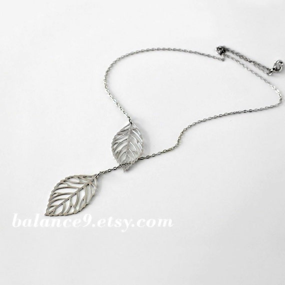 Silver leaf necklace, delicate filigree leaf pendant lariat, bridesmaid gift, wedding jewelry, everyday, by balance9