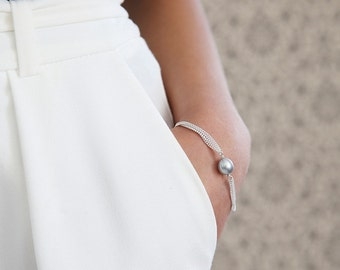 Freshwater Pearl Chained Bracelet